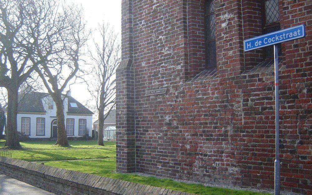 De H. de Cockstraat in Ulrum, met op de achtergrond de pastorie. Foto RD