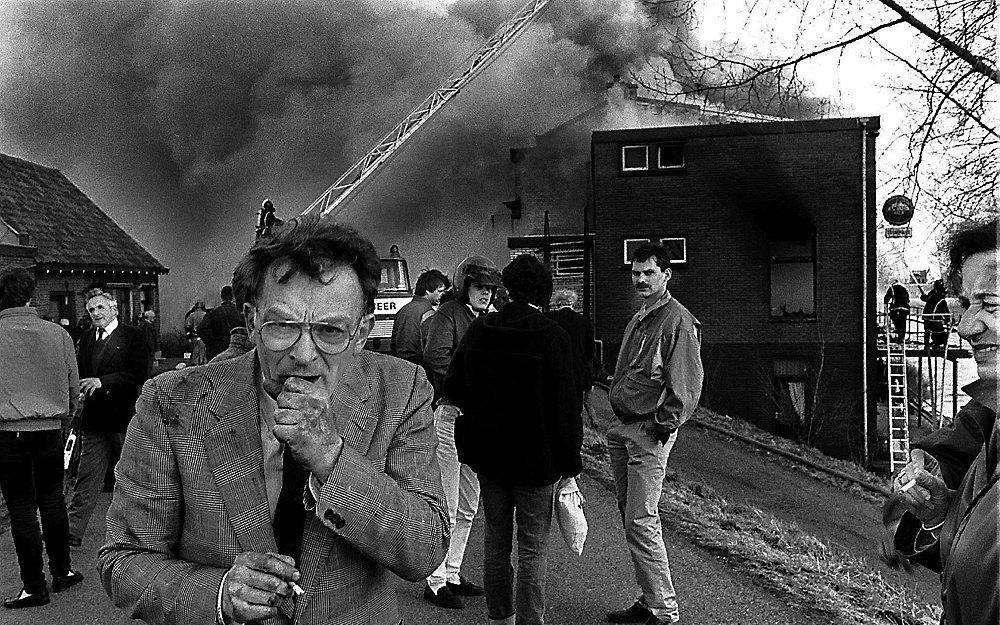 Fotograaf William Hoogteyling won met zijn plaat van een hoestende Centrumdemocratenleider Janmaat na de aanslag op hotel Cosmopolite in Kedichem de Zilveren Camera. Later werd de foto bekroond tot beste persfoto van de eeuw. Foto William Hoogteyling