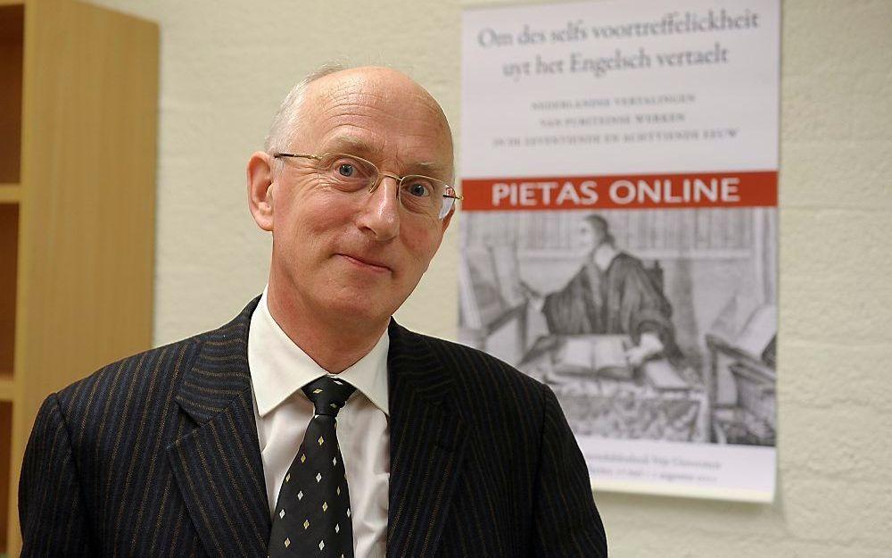 Drs. F. W. Huisman, redacteur van Pietas. Dinsdagmiddag ging de site met 3500 puriteinse werken online. Foto Dijkstra