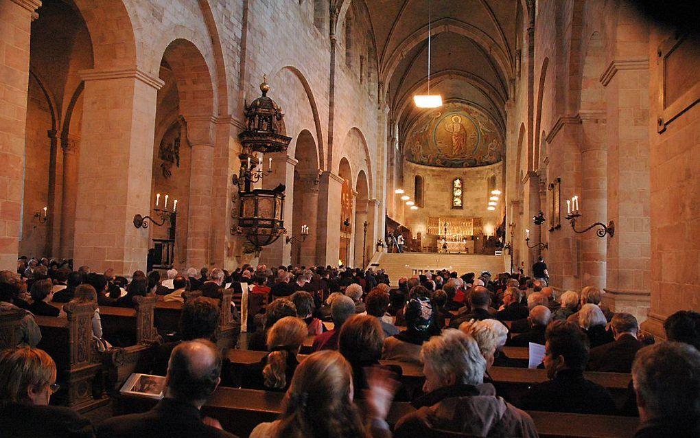 Kerkdienst in de kathedraal van Lund, Zweden. beeld LWF, J.H. Rakotoniai