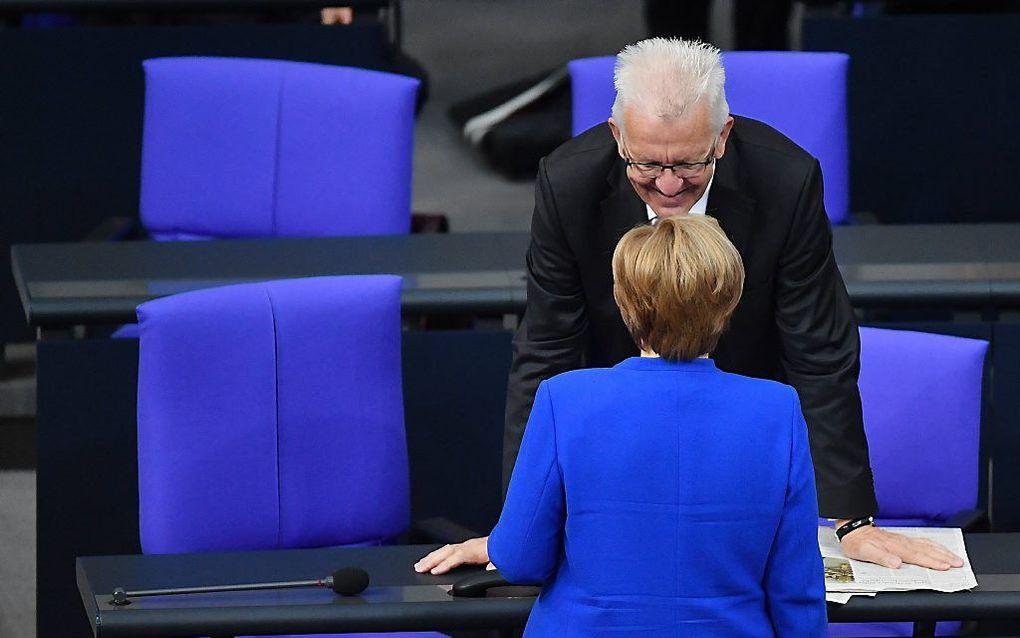 BERLIJN. De Duitse bondskanselier Merkel stemde vrijdag tegen de invoering van het homohuwelijk. beeld EPA, Oliver Lang