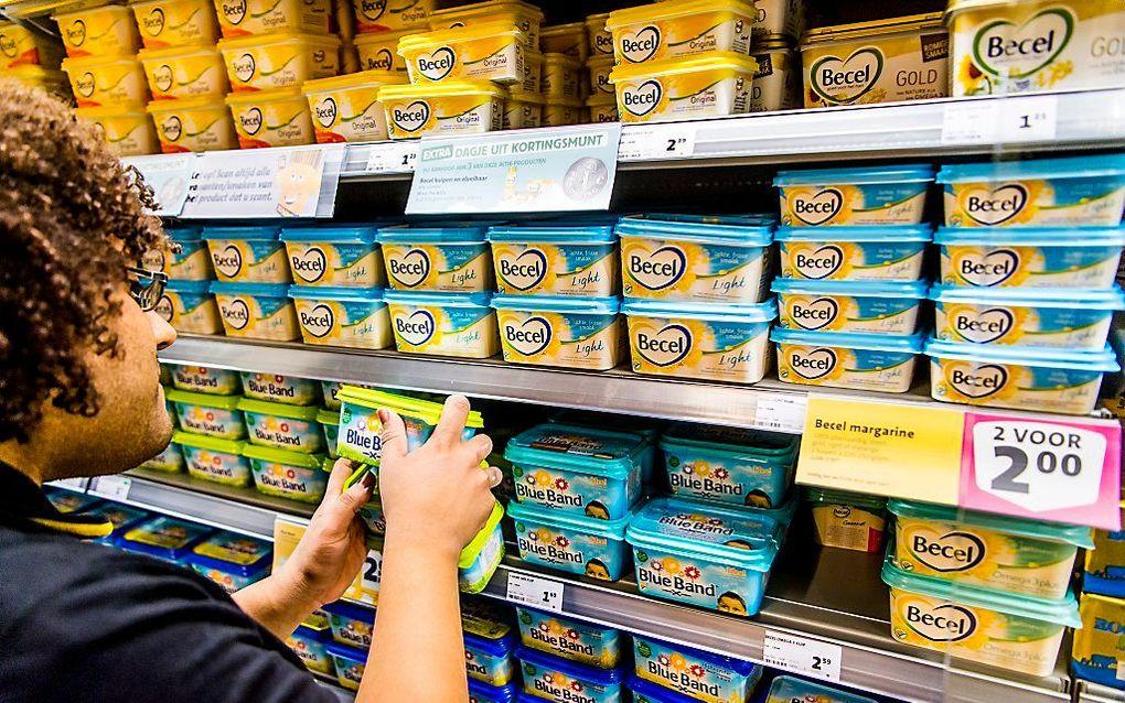 In een klein jaar tijd zijn de prijzen van margarines in de supermarkten flink gestegen. beeld ANP, Marco de Swart