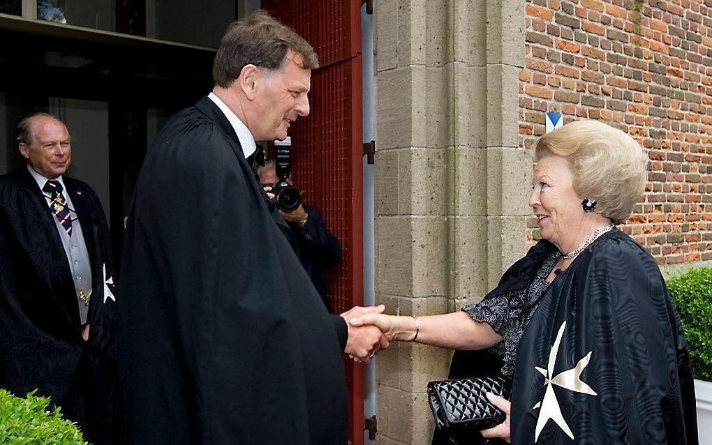 Koningin Beatrix woonde in 2009 een bijeenkomst van de Johanniter Orde bij in de Grote Kerk in Naarden. beeld ANP, Marcel Antonisse
