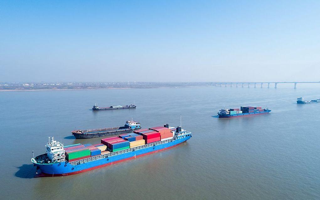 Onderzoekers van de Universiteit Leiden ontdekten dat er containers van China naar Noord-Korea weer terug naar China zijn vervoerd en daarna verscheept naar Nederland. beeld iStock