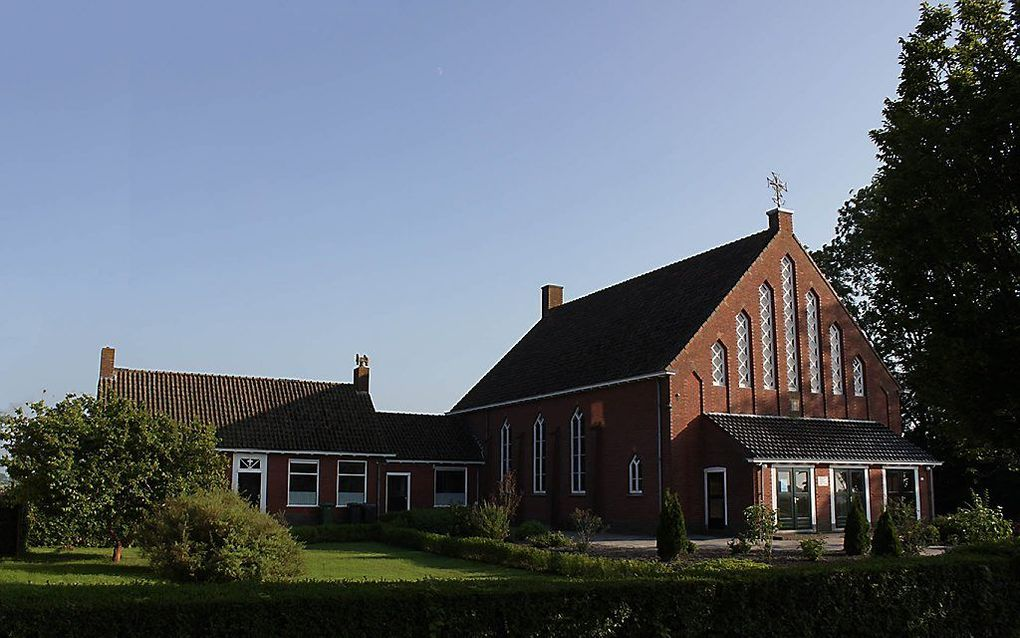 In de gereformeerde kerk te Niezijl had zondag de laatste kerkdienst plaats. Het gebouw is verkocht. beeld gereformeerde kerk Niezijl