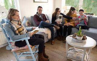 In de gereformeerde gezindte wordt meer gepraat tussen ouders en kinderen en vroeger, zo blijkt uit onderzoek van het RD. beeld Dirk-Jan Gjeltema