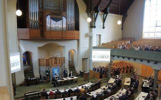 Gezamenlijke vergadering van GKV en NGK in Nieuwe Kerk in Kampen. beeld RD