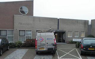 Regionale tv-zender bij hervormd centrum Rehoboth in Stolwijk in verband met de verkiezingen. Foto RD