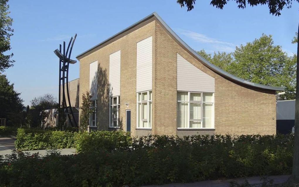 De Oenenburgkerk in Nunspeet, waar de generale synode van de Christelijke Gereformeerde Kerken dinsdag bijeenkomt.beeld RD
