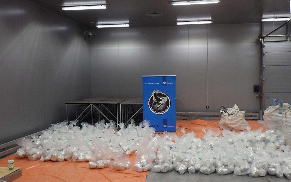Opsporingsdiensten hebben in de Rotterdamse haven ruim 1500 kilo heroïne onderschept. beeld ANP