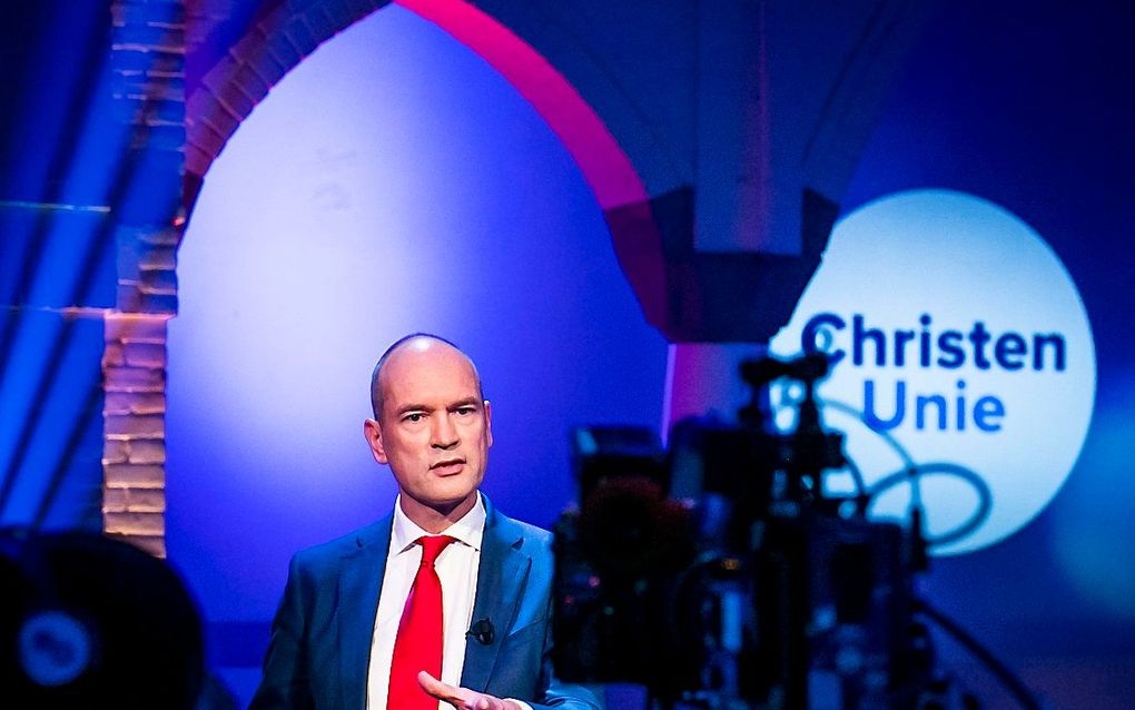 De ChristenUnie-leider spreekt verder zijn waardering uit voor de manier waarop premier Mark Rutte en zorgminister Hugo de Jonge het land door de coronacrisis loodsen. beeld ANP, Remko de Waal