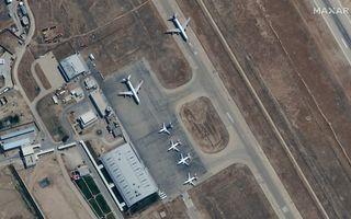 Luchthaven van Kabul. beeld EPA/MAXAR TECHNOLOGIES
