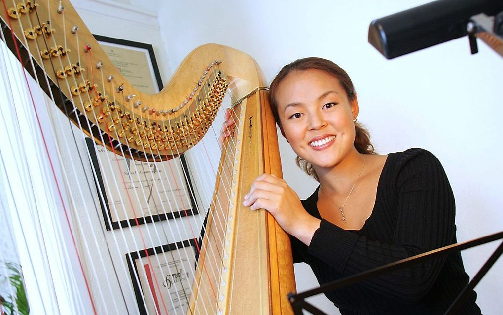 Harpiste Lavinia Meijer. beeld RD, Anton Dommerholt