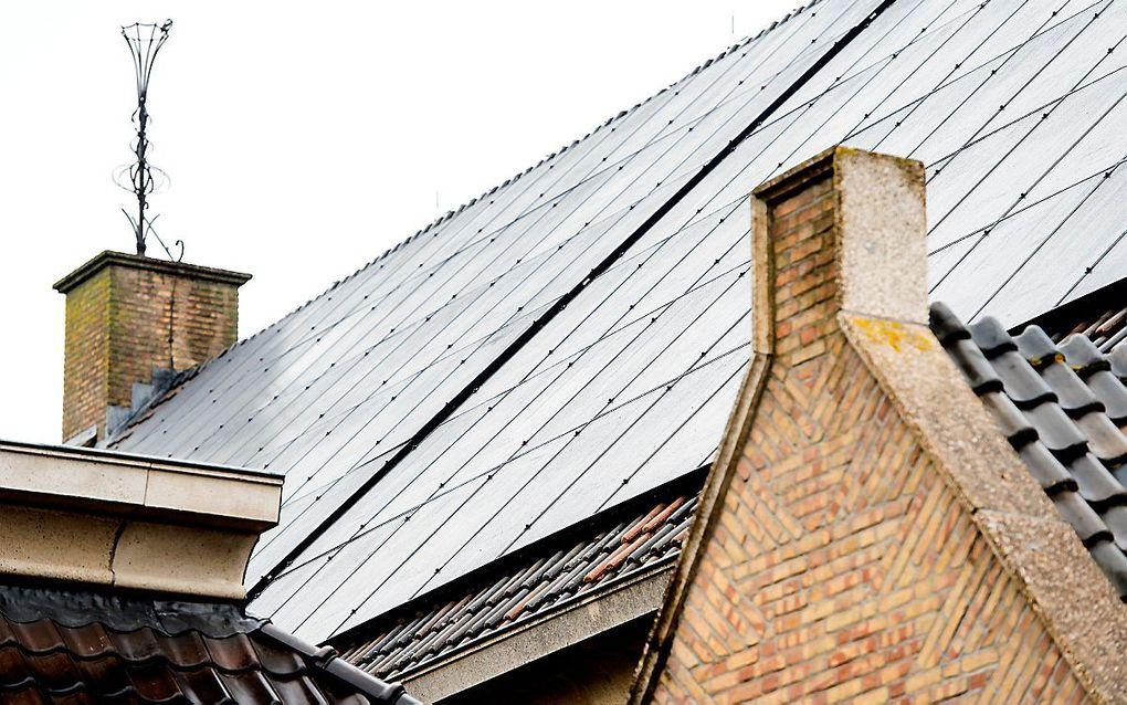 Meer dan een kwart van de kerken heeft zonnepanelen op het dak liggen. beeld ANP, Koen van Weel