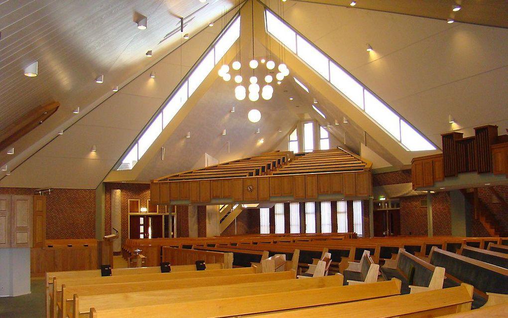 De synode van de Oud Gereformeerde Gemeenten in Nederland kwam woensdag samen in de kerk te Barneveld. beeld RD