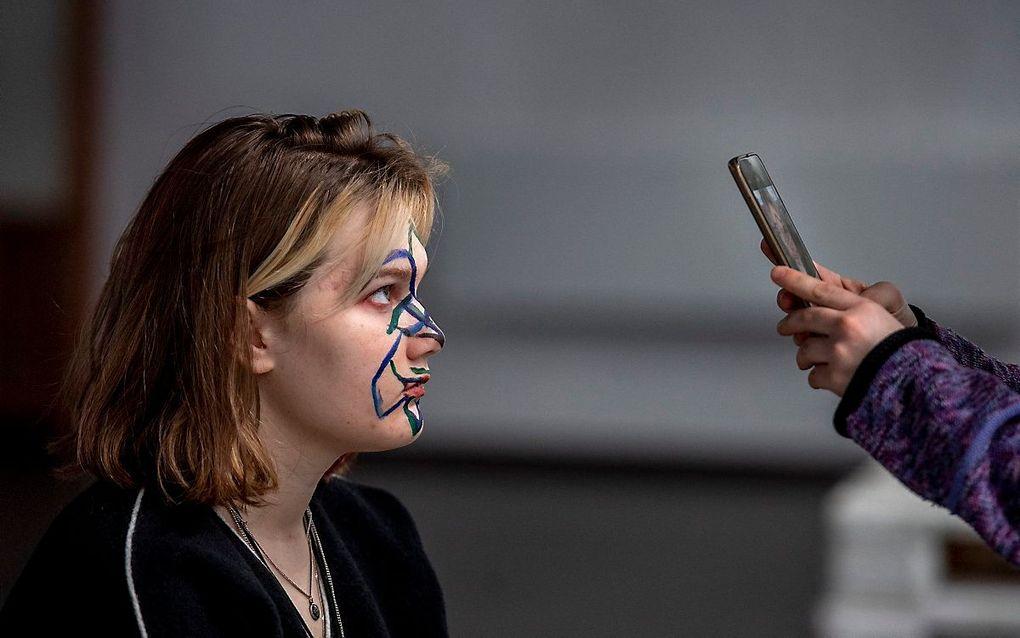 Russisch protest tegen gezichtsherkenningssoftware. beeld AFP, Yuri KADOBNOV