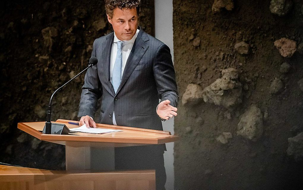 Jeroen van Wijngaarden (VVD) tijdens het debat in de Tweede Kamer over de situatie in Afghanistan. beeld ANP BART MAAT