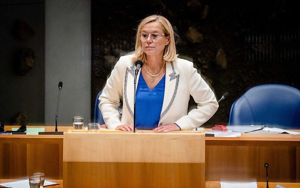 Demissionair Minister Sigrid Kaag van Buitenlandse Zaken (D66) tijdens het debat in de Tweede Kamer over de situatie in Afghanistan. beeld ANP BART MAAT