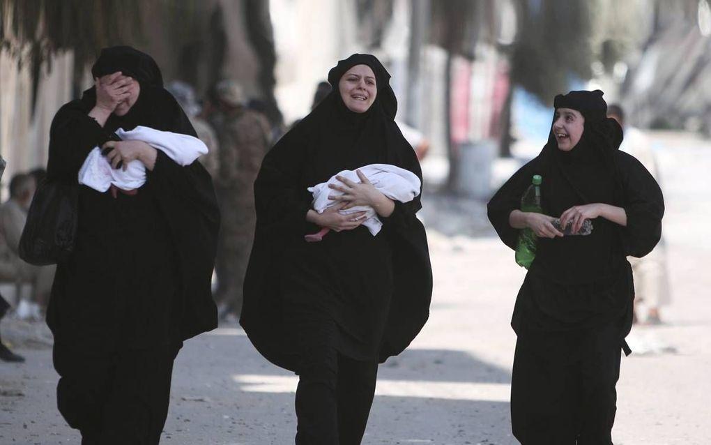 Vrouwen met hun pasgeboren baby's in de regio Aleppo. beeld Reuters, Rodi Said