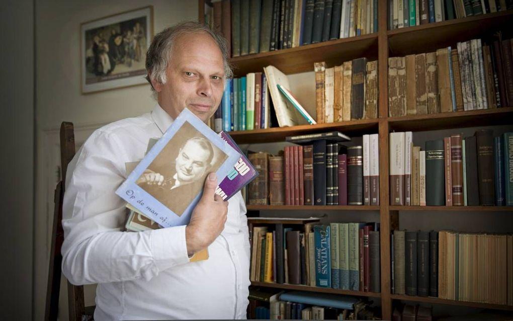 Ds. M. van Kooten schreef een boek over ds. Jac. van Dijk. beeld RD, Henk Visscher