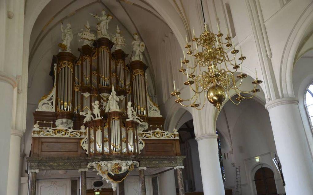 Dankzij de restauratie door Flentrop Orgelbouw heeft het orgel in de Martinikerk in Bolsward aan zeggingskracht gewonnen, volgens adviseur Aart Bergwerff. beeld RD, Gert de Looze