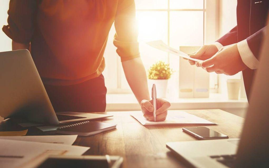 """""""Een goede voorbereiding is enorm belangrijk. Vaak worden meningen pas tijdens de vergadering gevormd, wat enorm veel tijd kost."""" beeld iStock"""