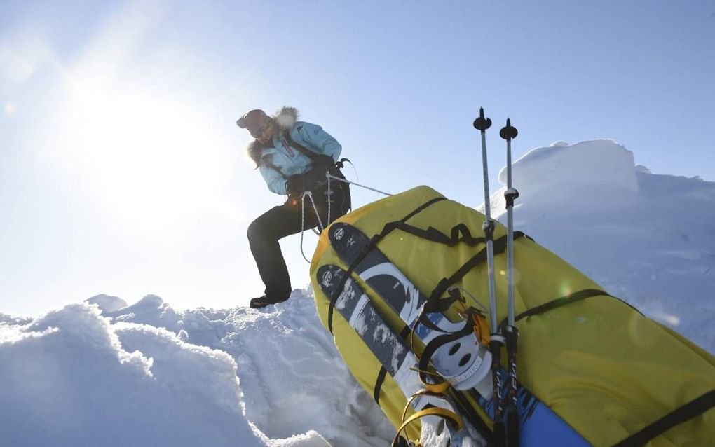 """Bernice Notenboom tijdens een eerdere expeditie in 2014. """"Het is heel spannend wat we nu gaan zien. Het ijs is nog veel slechter geworden."""""""