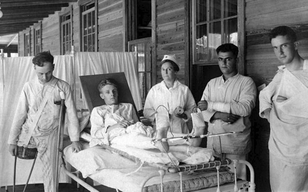 Hospitaal in de Eerste Wereldoorlog. beeld emaze.com