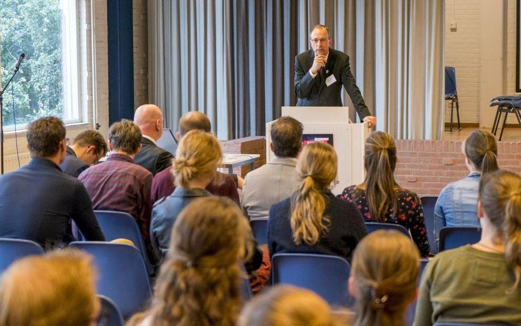 De Hersteld Hervormde Jongerenorganisatie (HHJO) hield zaterdag in Gouda een studentenconferentie over schepping en evolutie.beeld Cees van der Wal