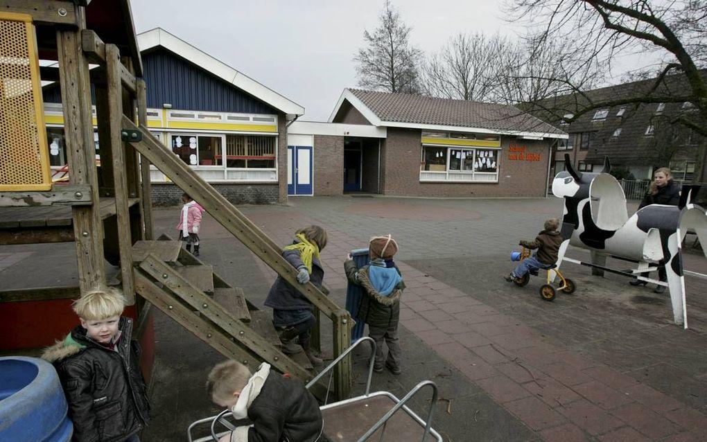 School met de Bijbel te Bleskensgraaf. beeld RD, Anton Dommerholt