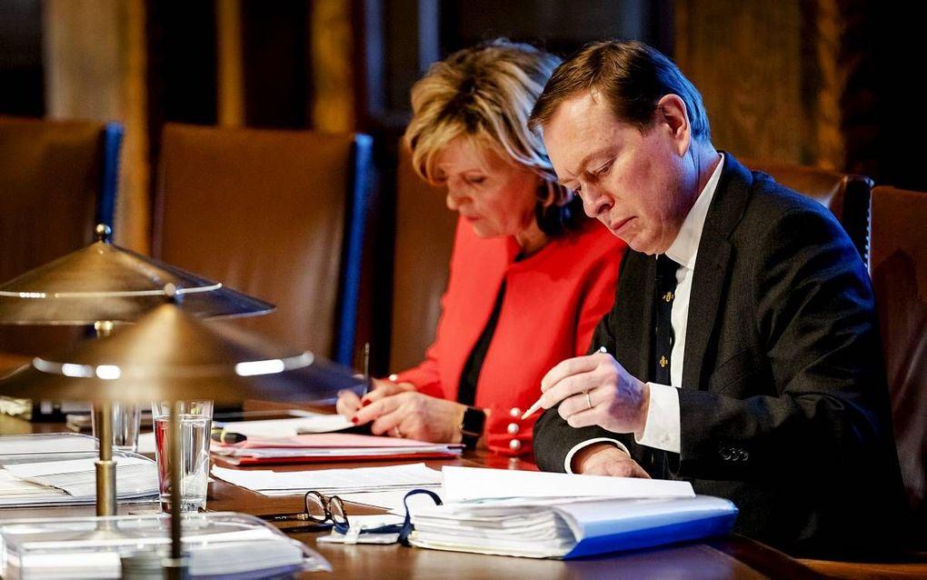 """""""Het orgaandonatiewetsvoorstel van Kamerlid Dijkstra staat in contrast met de toezegging van minister Bruins dat hij zal kijken naar nieuwe communicatie-instrumenten om mensen bijvoorbeeld meer op individuele basis aan te spreken om orgaandonor te worden."""