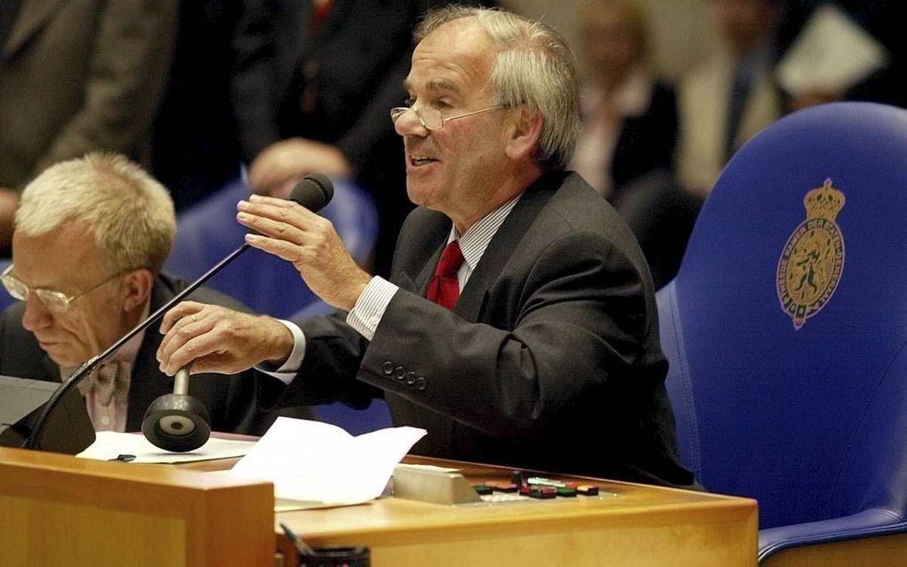 Oud-Kamervoorzitter Weisglas in actie, beeld ANP, Ed Oudenaarden.