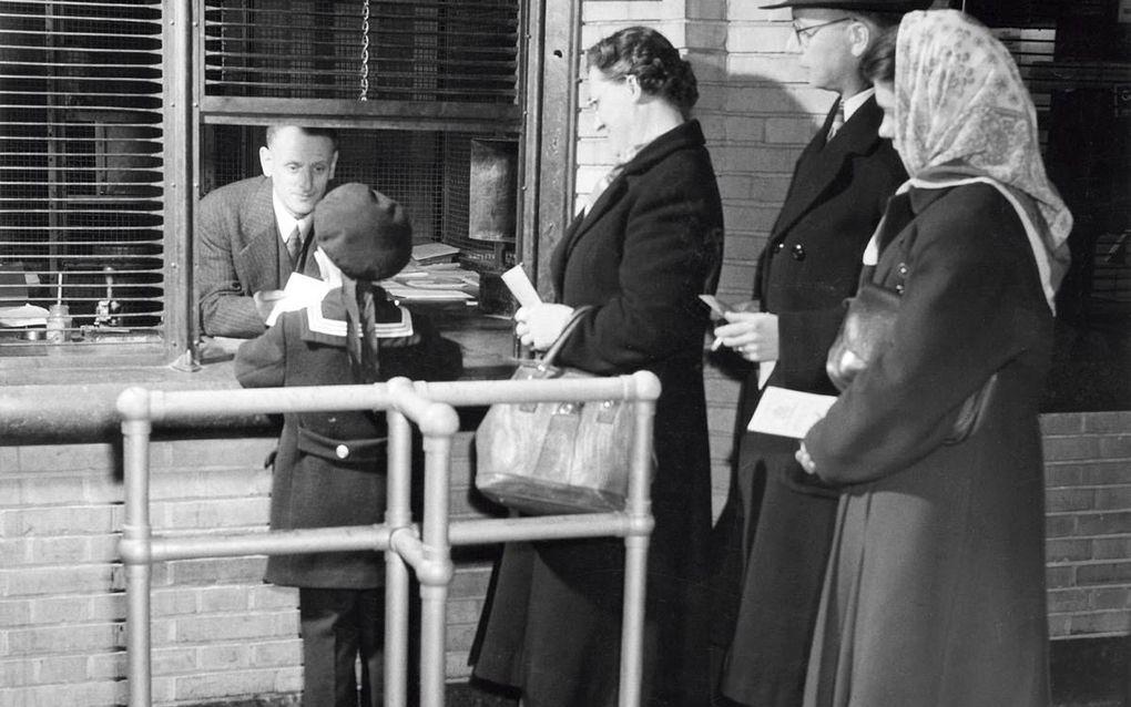 In het verleden kon de burger zijn spaargeld veilig in bewaring geven bij de Rijkspostspaarbank (RPS). En hij ontving ook nog rente over zijn tegoed.beeld ANP, Pim Stuifbergen