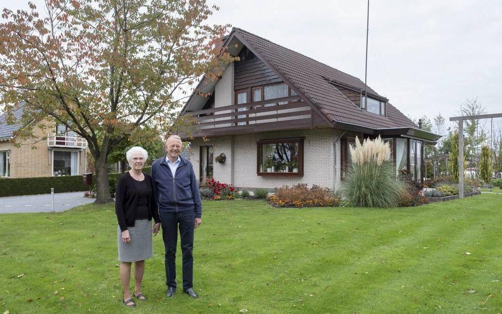 """Johan en Bep Haitsma: """"De oude heteluchtkachel was een echte energieslurper."""" beeld Sjaak Verboom"""