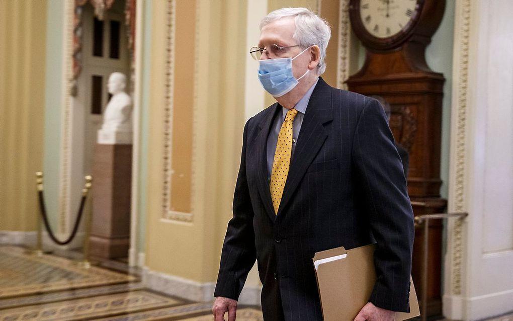 """De leider van de Republikeinse Senaatsfractie, Mitch McConnell, noemt het coronasteunplan van de Democraten """"een catalogus van linkse hobby's."""" beeld EPA"""