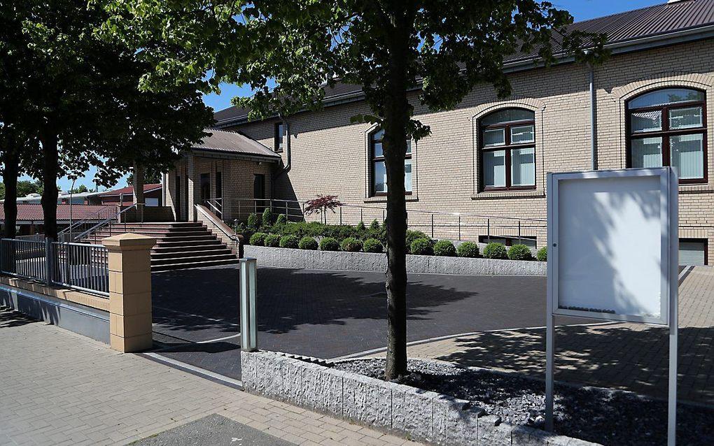 Het kerkgebouw van de Russisch-Duitse baptistengemeente in Bremerhaven. beeld EPA, Focke Strangmann