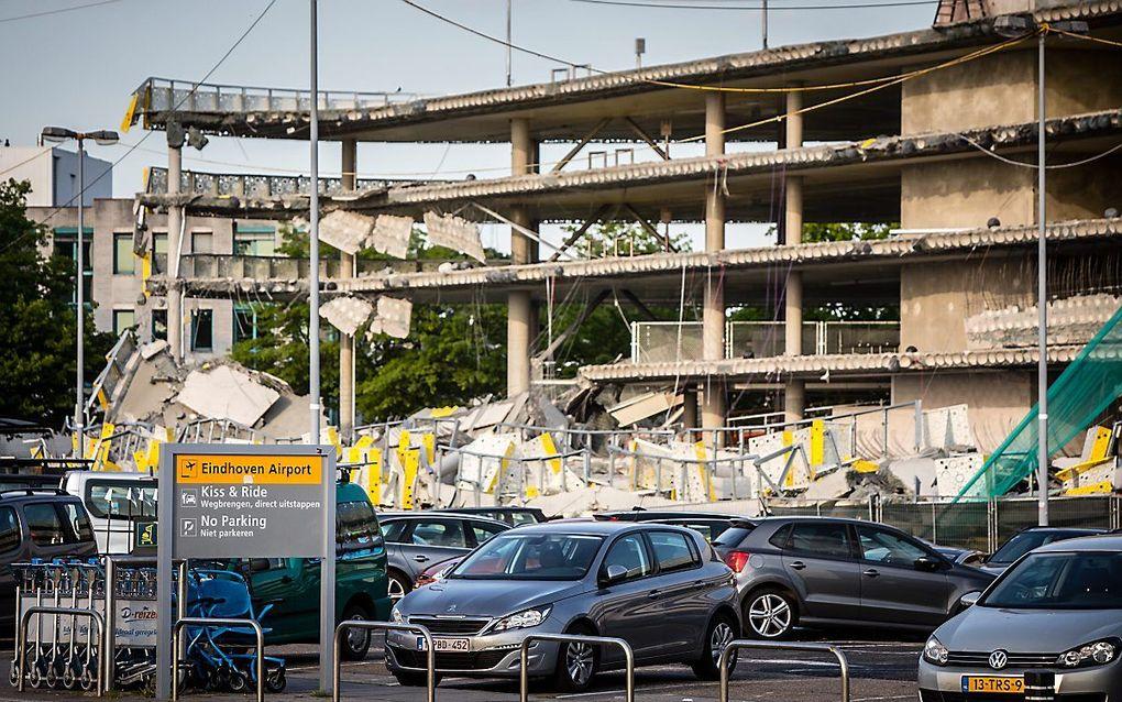 De ingestorte parkeergarage bij Eindhoven Airport. beeld ANP