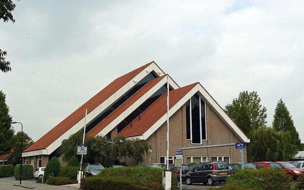Kerkgebouw van de gereformeerde gemeente in Nederland (Gerbrandyweg). beeld Reliwiki