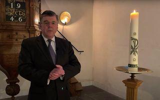 """Ds. G. J. Baan verzorgt een tweede seizoen van de serie """"Hoop met Bach"""". beeld youtube.com/bethelkerkrotterdam"""