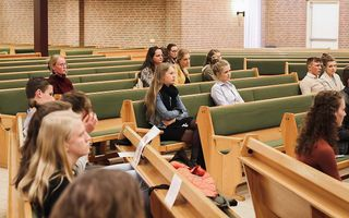 Prof. Boersma sprak woensdagavond voor studentenvereniging Solidamentum over de verhouding tussen geloof en wetenschap. beeld Emma Benschop