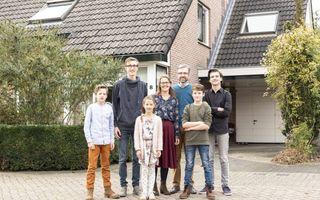 Familie Legemaat uit Scherpenzeel. beeld André Dorst