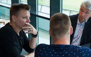 De drie in gesprek. beeld RD, Anton Dommerholt