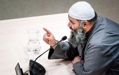 Met name de ondervraging van imam Suhayb Salam, op 19 februari 2020, maakte de tongen los. beeld ANP, Bart Maat
