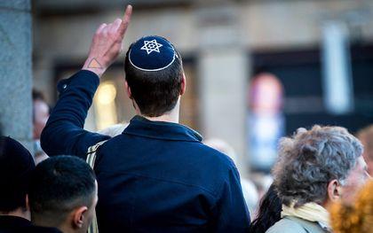 Een man met een Joodse keppel. beeld ANP, Jerry Lampen