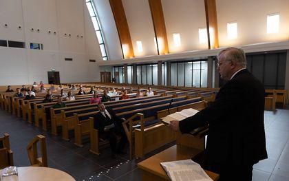 Ds. A. Schot (Nunspeet) sprak zaterdagochtend tijdens de zomerconferentie voor studerenden van de Gereformeerde Gemeenten. beeld Martin Droog