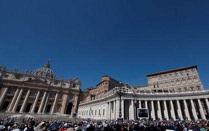 Bezoekers van Vaticaanstad moeten vanaf oktober een coronapas tonen bij bezoek. beeld AFP, Tiziana Fabi