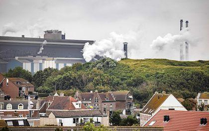 Laat economie zich begrenzen? Meer productiviteit betekent meer CO2-uitstoot. beeld ANP, Raymon van Flymen