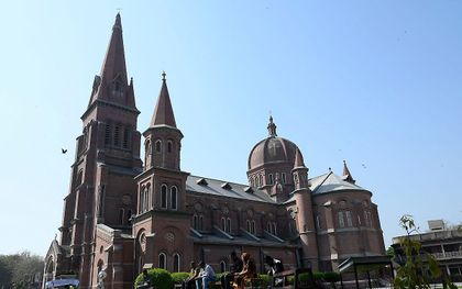 De Heilige Hartkathedraal in Lahore, Pakistan. Beeld AFP, Arif Ali.