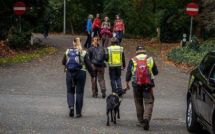De politie zoekt in Ede en omstreken naar een 17-jarig meisje dat voor het laatst is gezien in de omgeving van Heveadorp. Eerdere zoekacties in natuurgebieden liepen tot nog toe op niets uit. beeld ANP, Persbureau Heitink