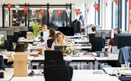 """""""De overheid moet het te ruime noodpakket snel afbouwen, zodat werknemers niet blijven vastzitten in onproductieve bedrijven.""""beeld ANP, Jeroen Jumelet"""